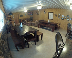 The den at  Tiger Creek Lodge